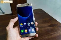 Danh-gia-man-hinh-Samsung-Galaxy-S7-Edge-cu-001