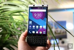BlackBerry_Mercury-009