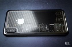 iPhone-8-Transparent-Edition-Curved-Labs-5-680x450